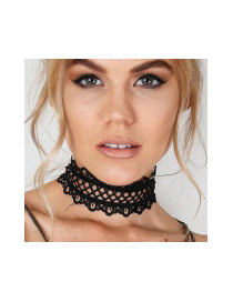 Exaggerated Black Flower Shape Edge Decorated Hollow Out Pure Color Chocker