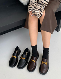Fashion Black Low Heel Square Toe Metal Chain Small Leather Shoes