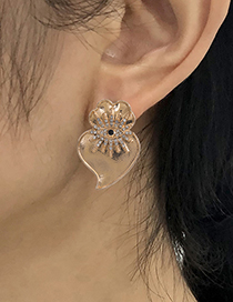 Fashion Golden Alloy Flower Earrings