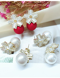 Fashion White Diamond-studded Five-pointed Star Alloy Pearl Stud Earrings