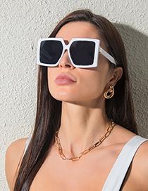 Fashion Black Frame Gray Blue Large Frame Square Sunglasses