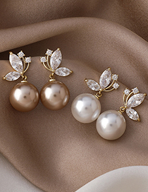Fashion A White Pearl Micro Inlaid Zircon Butterfly Earrings