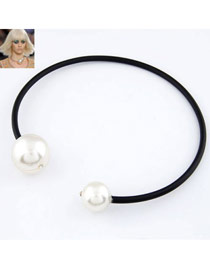 Awesome White Big  Pearl Circle Design Rubber Band Korean Necklaces