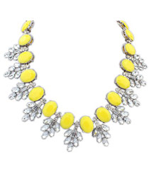 Fantasy Yellow Oval Shape Gemstone Decorated Design Alloy Fashion Necklaces