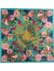 Fashion Dark Green Flower Pattern Decorated Square Shape Scarf