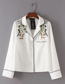 Fashion White Embroidery Flower Decorated Pure Color Long Sleeve Coat