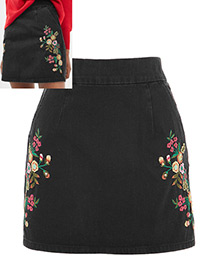 Fashion Black Flower Pattern Decorated Simple Skirt
