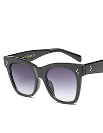 Fashion Purple Dot Shape Decorated Square Sunglasses