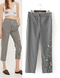 Fashion Black+white Embroidery Flower Decorated Long Pants
