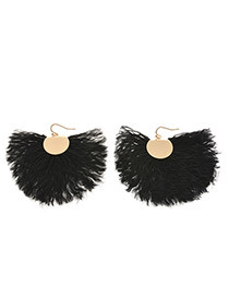 Exaggerated Black Pure Color Decorated Earrings