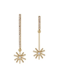 Elegant Gold Star Shape Decorated Earrings