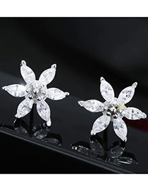 Fashion White Flower Shape Decorated Simple Earrings