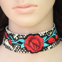 Fashion Multi-color Flower Shape Decorated Choker