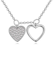 Elegant Silver Color Heart Shape Decorated Necklace