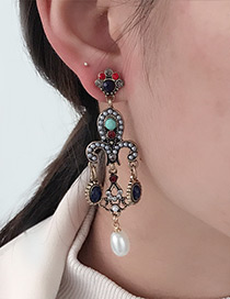 Vintage Multi-color Flower Shape Decorated Earrings
