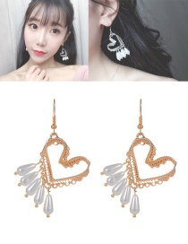 Lovely Gold Color Hollow Out Heart Shape Decorated Earrings