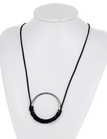 Fashion Black Circular Ring Decorated Necklace