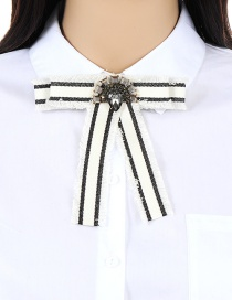 Trendy White Diamond Decorated Bowknot Shape Brooch