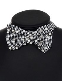 Elegant White+black Round Shape Decorated Choker
