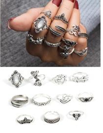 Bohemia Silver Color Elephant Shape Decorated Rings (11pcs)