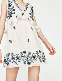 Personality White+blue Embroidery Flower Shape Decorated Dress