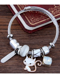 Fashion White Cat Shape Decorated Bracelet