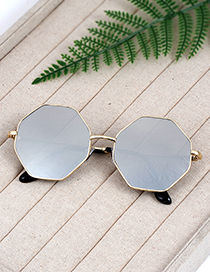 Fashion Silver Color Geometry Shape Decorated Sunglass
