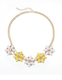 Fashion Yellow Flower Shape Decorated Necklace