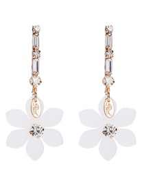 Fashion White Flowers Decorated Long Earrings