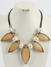 Fashion Yellow Pure Color Design Leaf Shape Necklace (not Set)