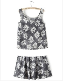 Fashion Gray Flower Pattern Decorated Sets