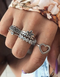 Fashion Silver Color Heart Shape Decorated Rings Sets