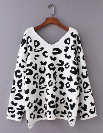 Fashion White Leopard Pattern Decorated V Neckline Sweater