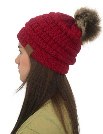 Fashion Red Label&fuzzy Ball Decorated Knitted Hat