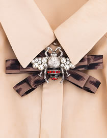 Fashion Brown Bee Shape Decorated Bowknot Brooch