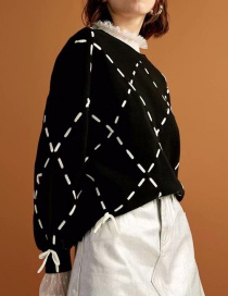 Fashion Black Grids Pattern Decorated Sweater