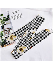Fashion White Flowers Pattern Decorated Small Scarf