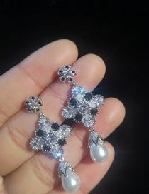 Simple Black+white Diamond&pearl Decorated Earrings