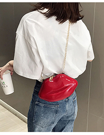 Fashion Red Lip Chain One Shoulder Paint Crossbody Bag
