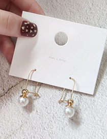 Fashion Gold Pearl Irregular Twisted Earrings