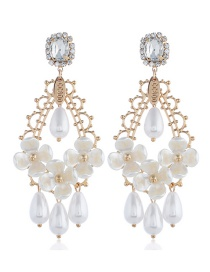 Fashion Gold Multi-layer Pearl Flower Earrings