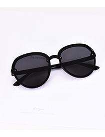 Fashion Black Resin Round Sunglasses