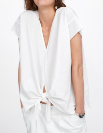 Fashion White V-neck T-shirt