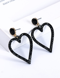 Fashion Black Heart-shaped Diamond Stud Earrings