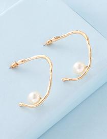 Fashion Gold Metal C-shaped Pearl Stud Earrings