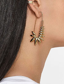 Fashion Gold Alloy Paper Clip Geometry Earrings