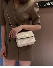 Fashion White Straw Chain Pearl Buckle Shoulder Messenger Bag