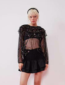 Fashion Black Flower Pattern Decorated Pure Color Short