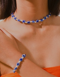 Fashion Blue Geometric Daisy Pearl Beaded Necklace