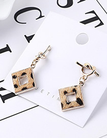 Fashion Light Color Spotted Earrings